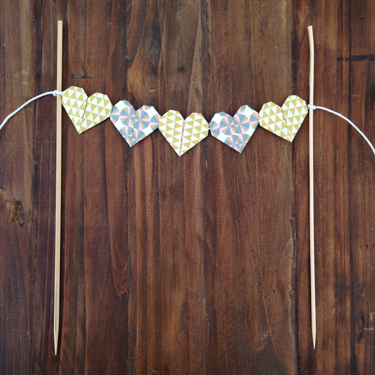 heart-banner-wedding-cake-topper
