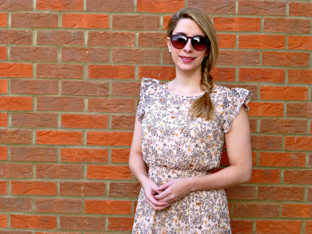 Primark flower butterfly dress with sunglasses