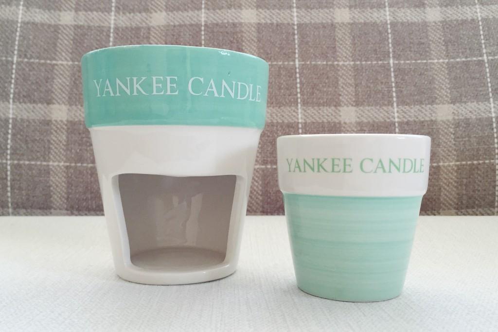 Yankee Candle wax burner and votive holder