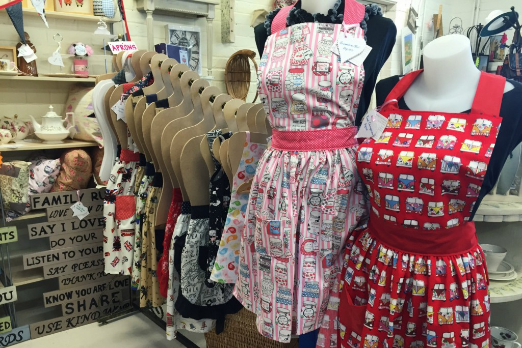 Molly's Den vintage aprons for sale