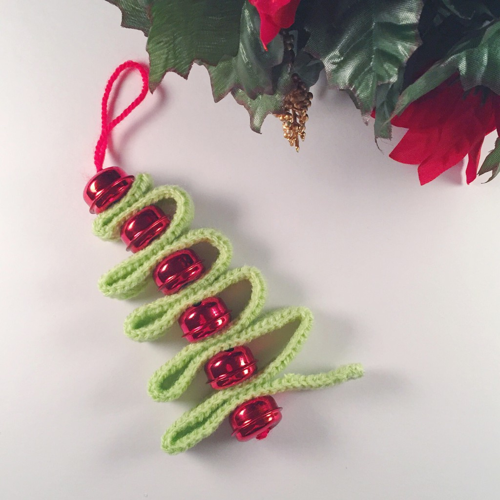 Crochet Christmas tree with bells