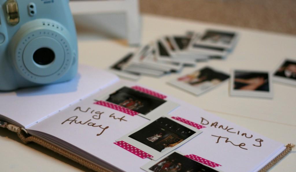 DIY wedding guestbook photobooth