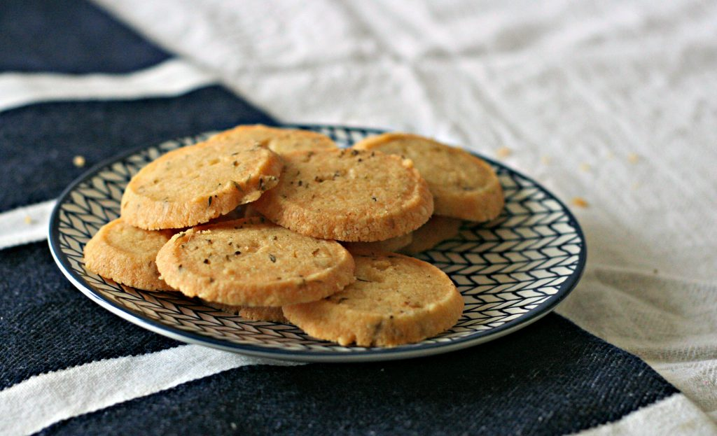 Parmesan and thyme shortbread biscuits