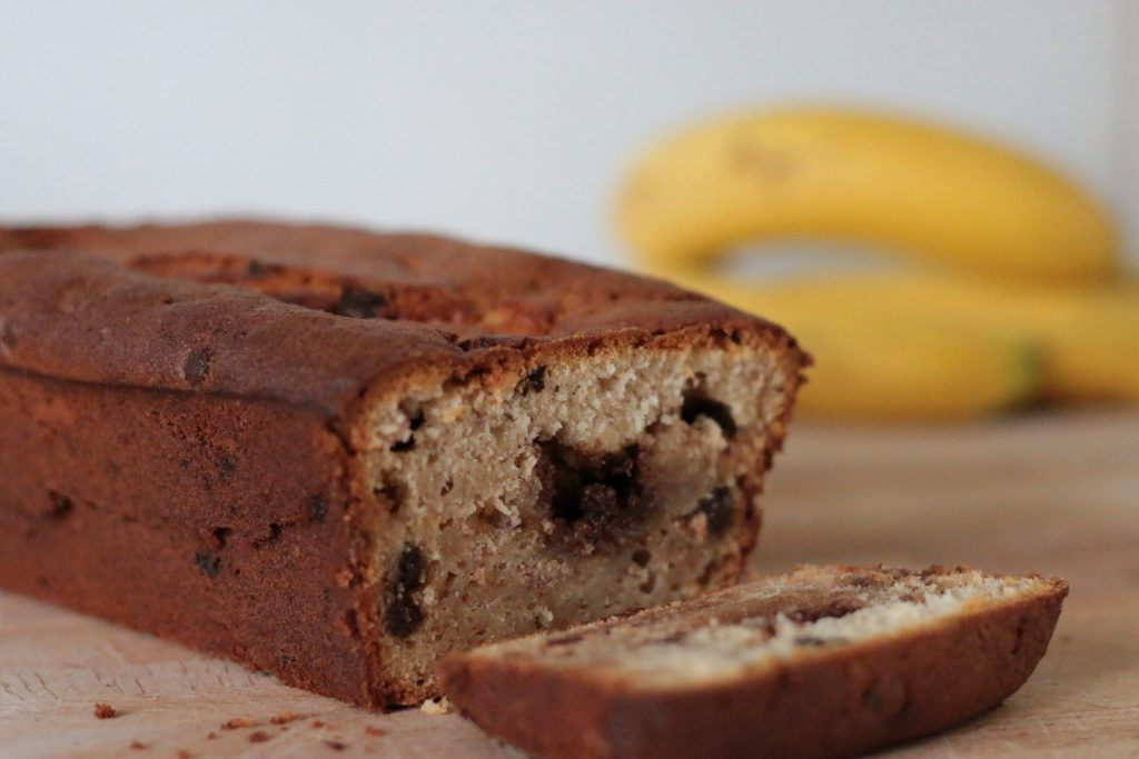 Chocolate chip cinnamon banana bread