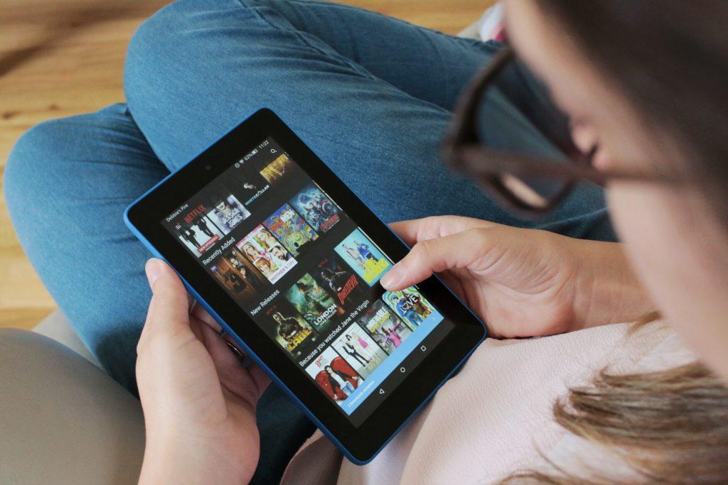 """Amazon Kindle Fire 7"""" Review Netflix"""